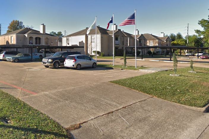 40 Unit Apt Complex for Sale Near 8% Cap Rate – Class B (Houston, TX) $72K / unit